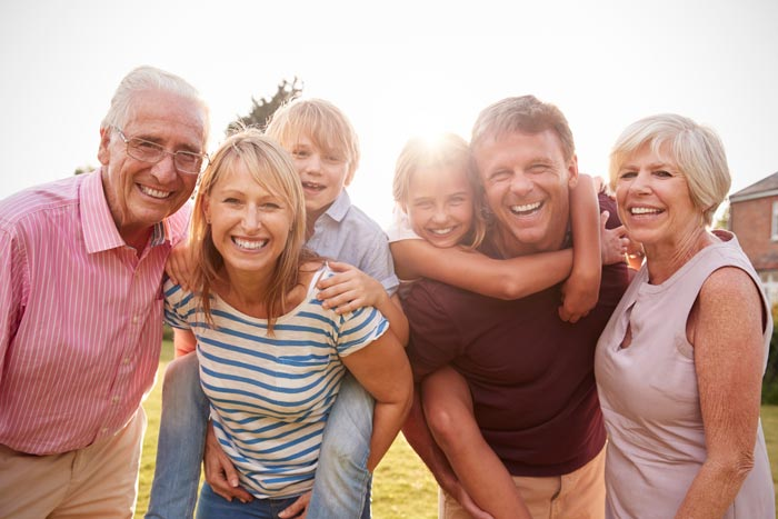 smiling family | Affordable dental treatment Houston